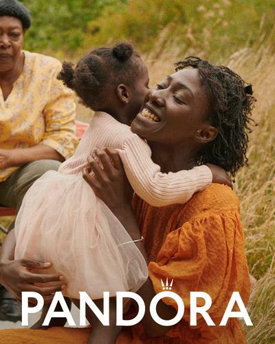 Бижута Pandora в подкрепа на арт и образователни проекти през 2021